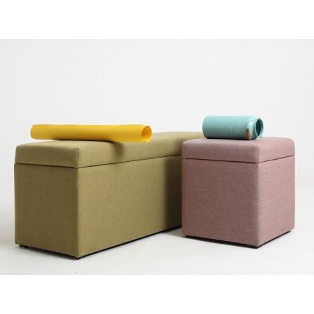 Fotelek, kanapék, lounge RM Penny II. puff választható kárpittal, pácolással