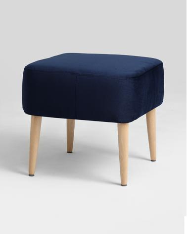 Fotelek, kanapék, lounge RM Gustav lábtartó, választható kárpittal