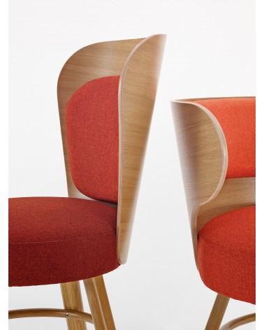 Kárpitozott bárszék PG K2 II. minőségi kárpitozott fa bár szék