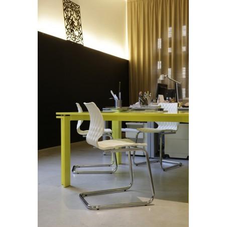 MO Uni II. fix vagy görgős műanyag tárgyaló szék